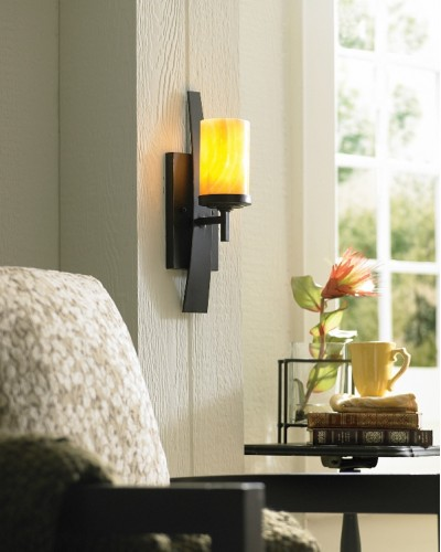 Elstead Lighting Quoizel Kyle 1 Light Wall Light In Imperial Bronze Finish With Butterscotch Onyx Shade